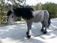 Horse Amigurumi Crochet Pattern + Tutorial - Advanced Crochet - Crochet Patterns at Makerist