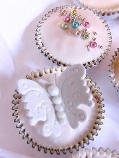 Butterflies & cachous! by kylie lambert (Le Cupcake), via Flickr