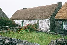 Teach Synge, the cottage in Inishmaan (Inis Meáin), Aran Islands where John Millington Synge lived for several years, has now been turned into a museum. This picture was taken by myself in Author: Eckhard Pecher. John Millington, Fantasy Short Stories, Irish Cottage, Emerald Isle, Best Interior, Travel Around The World, House Styles, Places, Chris Mills