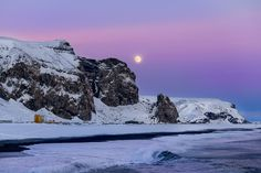 Vik moonrise by Ivan Pedretti  on 500px