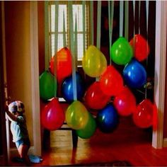 Party balloon decoration without helium