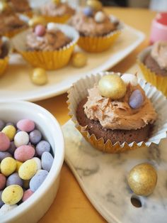Easter Chocolate Cupcakes Recipe, featuring Mini Eggs and Galaxy Golden Eggs Easter Chocolate, Chocolate Cupcakes, Healthy Food, Healthy Recipes, Mini Eggs, Different Cakes, Hoppy Easter, Love Cake, Cupcake Recipes