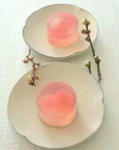 和菓子『初恋  Hatsu-koi~梅酒の錦玉羹 kingyokukan 』Agar sweets flavored with plum wine & lemon.✳︎styling/ photo/ saucers,pot, cups and sweets: Midori Morohoshi(http://ameblo.jp/greenonthetable/imagelist.html)