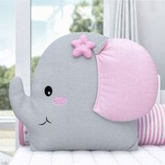Patchwork Baby Toys Sewing 52 Ideas For 2019 Baby Pillows, Kids Pillows, Animal Pillows, Pillow Crafts, Pink Cushions, Patchwork Baby, Baby Sewing Projects, Fabric Toys, Nursery Room Decor