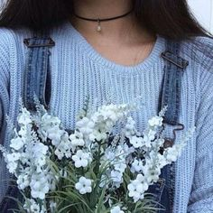 Image shared by bubú. Find images and videos about blue, aesthetic and flowers on We Heart It - the app to get lost in what you love. Light Blue Aesthetic, Spring Aesthetic, Blue Aesthetic Pastel, Flower Aesthetic, Aesthetic Makeup, Aesthetic Grunge, Aesthetic Vintage, Aesthetic Photo, Aesthetic Girl