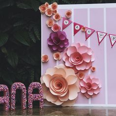 "Babygirl's name is Hana, it means "" flower "" in japanese. That 's why the theme of her birthday party is lovely flower. How cute! #birthdaygirl #partydecor #saigon #babygirl #hana #Flowers #paperflowers #adorable #GEEKdecor #backdrop #pink #lightcolor #giantflower #Vietnam #birthdayparty #decoration"
