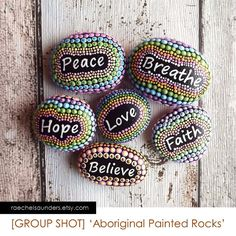 dot art on stones Hope Love, Painted Rocks, Dots, Stones, Inspirational Quotes, Unique Jewelry, Handmade Gifts, Stitches, Life Coach Quotes