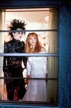 El joven manos de tijera (Edward Scissorhand) 1990. Johnny Depp y Winona Ryder