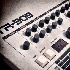 gruiiik - raw 909