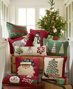A wide selection of Holiday Pillows at Sundance. Christmas Bedding, Christmas Cushions, Cozy Christmas, Rustic Christmas, Christmas Crafts, Christmas Decorations, Holiday Decor, Minimalist Christmas, Handmade Home Decor
