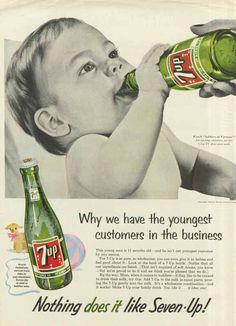 Piyasaya gençlere yönelik gazoz olarak giren 7UP'ın bir reklamı