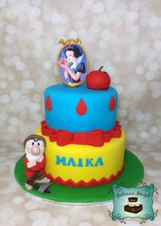 Photos ENFANTS | Gâteaux Magik snow white cake blanche neige gateau Snow White Cake, White Cakes, Party Cakes, Birthday Cake, Christmas Ornaments, Holiday Decor, Cooking, Desserts, Snow White