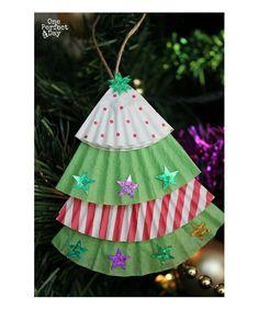 Activité en famille pour Noël : Bricolons des sapins! #famille #bricolage…