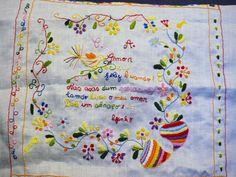 Imagem relacionada Portugal, Embroidery, Dish Towels, Boyfriends, Hand Crafts, Shapes, Needlework, Drawn Thread, Stitch