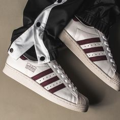 95511530873e 193 Best Sneakers images in 2019