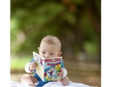 Expectation: Baby Loves Comics