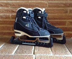 NEW Women Youth Jackson Softec Classic Ice Hockey's Skates Black & White Size 7 #Jackson
