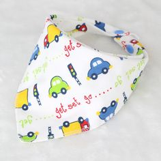 New Arrival 100% Cotton Fiber Newborn Bibs Cartoon Triangle  Baby Bib Burp Cloth Infant Scarf