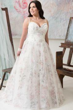 Carmel   Callista Bridal   Plus Size Wedding Dress   All My Heart Bridal   Floral Wedding Dress   Color Wedding Dress   Ivory Wedding Dress   Plus Size Bridal Salon