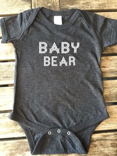 Baby Bear onesie, onesie, Baby Bear, Baby Boy, Baby Girl, Baby Bear Bodysuits Made by Think Elite1.