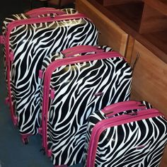 Zebra Print Luggage http://www.etsy.com/... http://www.myselfjewellery.com/store/p200/2014_Fashion_Evening_bags_for_women_party_accessories_vintage_bag_wholesale_Pearl_evening_clutch_bags.html
