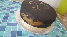 Batman cake - nutella/vanilla cake - birthday cake