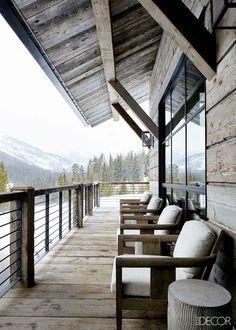 Montana ski house with stylish details frames the Rocky Mountains