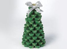 Hershey's peanut butter cup Christmas tree - Great Edible Centerpiece for the holidays!