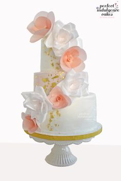 Moreno's Wedding Cake - Wafer Paper roses and fantasy flowers. Inspired by craftsy class by Stevi.