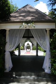 SIMPLE CEREMONY: $420 2 x Tee Pees (Choice of Roses or Frangipanis) 12 Americana Chairs Signing Table with white Cloth & skirt (includes 2 Chairs) Sea grass Aisle Runner 6mts 2 x Bali Umbul Flags 5mts (Pole & sand spike/stand included)