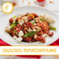 Eine feurige Delikatesse Couscous, Kung Pao Chicken, Cobb Salad, Ethnic Recipes, Food, Gourmet Foods, Salt, Tomatoes, Easy Meals
