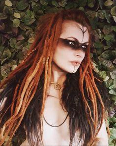 Witch Makeup, Fx Makeup, Krieger Make-up, Viking Halloween Costume, Viking Makeup, Warrior Makeup, Viking Warrior Woman, Viking Cosplay, Tribal Makeup
