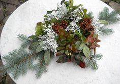 Výroba dušičkové ozdoby na hrob Succulents, Floral Wreath, Wreaths, Flowers, Plants, Image, Home Decor, Christmas Ideas, Christmas
