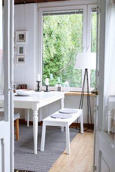 Como integrar estancias y decorar en blanco, madera y pastel?