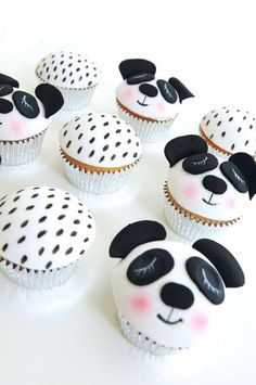 Check out these cupcakes at a panda birthday party! See more party planning… Panda Themed Party, Panda Birthday Party, Panda Party, Bear Party, Baby Birthday, Birthday Parties, Holiday Cupcakes, Easter Cupcakes, Mini Cupcakes