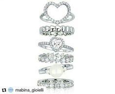 Manca poco  a San  Valentino 💘💘💘 Scegliete il vostro preferito! #mabina #gioielli #anelli💍 #argento #cubiczirconia #love #heart #gift🎁#new #valentinagioielli #officialdealer
