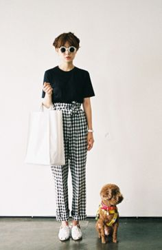 Brilliant cute outfit + beautiful doggie <3