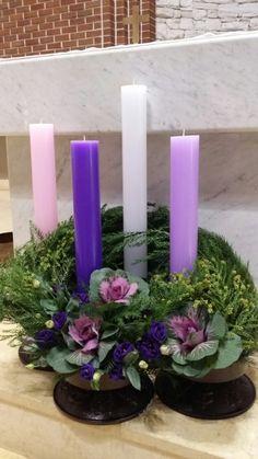 대림시기 : 네이버 블로그 Church Christmas Decorations, Altar Flowers, Advent Candles, Advent Wreath, Floral Arrangements, Diy And Crafts, Centerpieces, Xmas, Wreaths