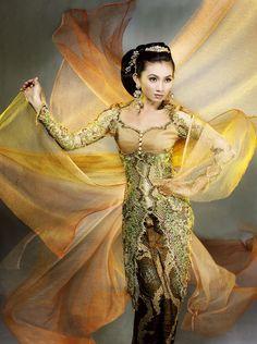 The Power of Kebaya - Indonesian Modern Kebaya