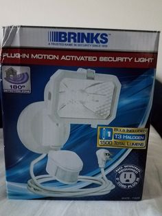 Brinks plug in motion activated 180 degrees security light white 7162W #White