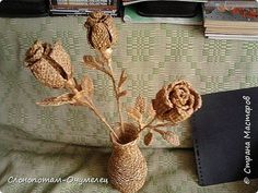 Поделка изделие Оригами Цветы из разных материалов Бумага гофрированная Кожа Пайетки Соломка фото 1 Paper Basket, Quilling, Straw Bag, Burlap, Weaving, Reusable Tote Bags, Crafts, Paper Engineering, Diy And Crafts