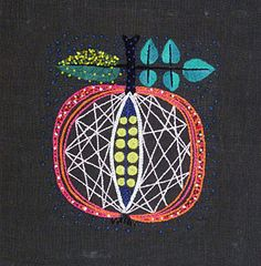 Just in case anyone felt like doing some embroidery, this is very spiffy. Swedish Embroidery, Embroidery Needles, Modern Embroidery, Hand Embroidery Designs, Embroidery Applique, Embroidery Patterns, Indian Embroidery, Embroidery Online, Thread Art