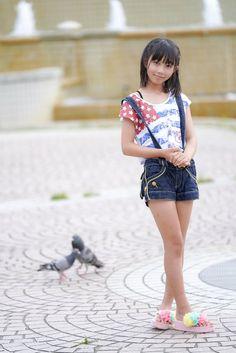 Asian Kids, Cute Asian Girls, Cute Little Girls, School Girl Japan, Preteen Girls Fashion, Girl Fashion, Cute Japanese Girl, Bikini Girls, Girl Outfits