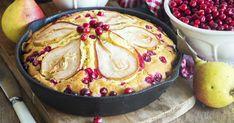 Hruškový koláč s brusnicami - dôkladná príprava krok za krokom. Recept patrí medzi tie najobľúbenejšie. Celý postup nájdete na online kuchárke RECEPTY.sk.