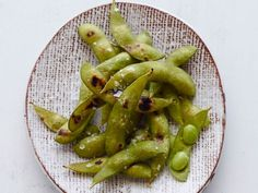 FN_Grill-Friendly-Vegetables-Edamame-Cooked_s4x3.jpg.rend.snigalleryslide.jpeg