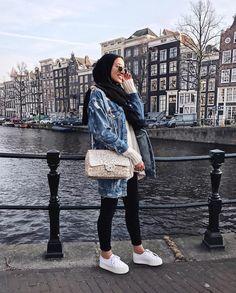 trendy winter hijab outfits you will love Abaya Fashion, Muslim Fashion, Modest Fashion, Fashion Outfits, Casual Hijab Outfit, Hijab Chic, Hijab Trends, Hijab Ideas, Modele Hijab