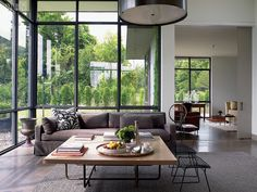 Paul Siskin country home, upstate NY - Contemporary - Living Room - New York - by Siskin Valls Inc. Urban Interior Design, Interior Design Magazine, Living Room New York, Living Spaces, Interior Architecture, Interior And Exterior, Relax, Sweet Home, Minimalist Home