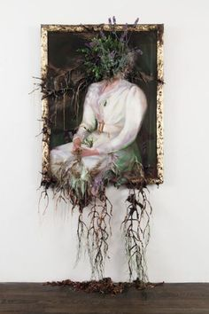 jordi-gali:Valerie Hegarty, Woman in White with Flowers, 2012