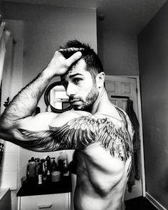 Tattoos Discover Beste angel wings tattoo art - top 150 handsome татуировка к Skull Tatto Neck Tatto Arm Tattoo Sleeve Tattoos Tattoo Art Unique Tattoos Sexy Tattoos Small Tattoos Tattoos For Guys Sexy Tattoos, Unique Tattoos, Small Tattoos, Sleeve Tattoos, Tattoos For Guys, Wing Tattoo Men, Wing Tattoos On Back, Wing Tattoo Designs, Skull Tatto