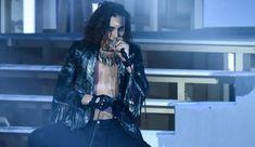 Il gruppo romano strappa applausi e consensi e si candida alla vittoria finale di 'X Factor'